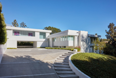 Beverly Hills Residence<br><small>Beverly Hills, CA<br><small>Completed</small></small>